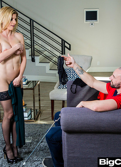 Big Cock Bully – Cory Chase – Cory Chase plays with her husband's bullly's balls